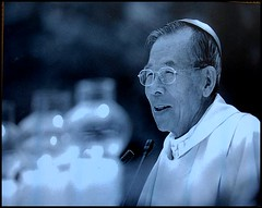 Le directeur en chef de mon lycée coréen était le cardinal de la Corée du Sud, KIM Sou-hwan.